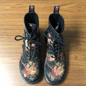 Black floral Dr. Marten boots - size 7